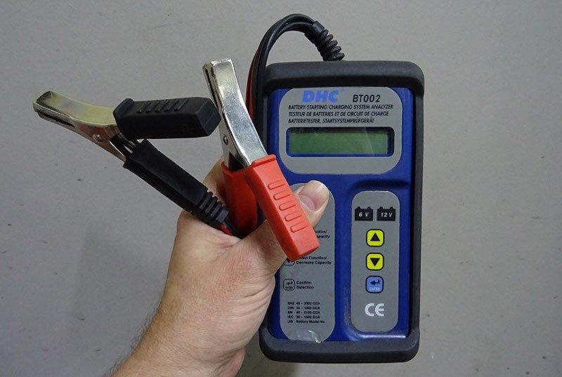Прибор для измерения параметров аккумулятора