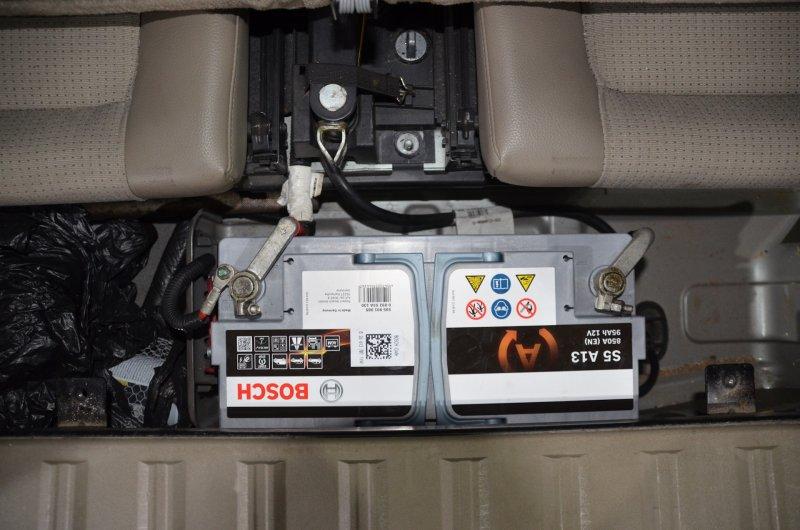 АКБ на автомобиле Volvo XC90