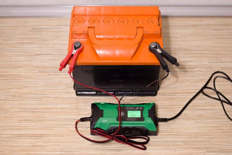 Зарядка аккумуляторной батареи Chevrolet Cruze