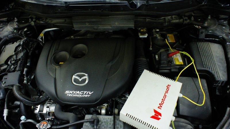 Зарядка аккумуляторной батареи Mazda CX-5
